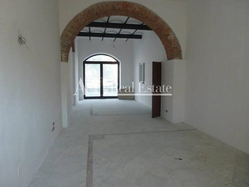Negozio / Locale in vendita a Grosseto, 9999 locali, zona Località: Città, prezzo € 224.000 | Cambio Casa.it