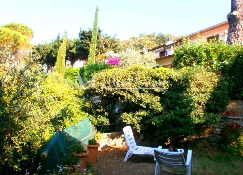 Villa in vendita a Castiglione della Pescaia, 5 locali, prezzo € 450.000 | Cambio Casa.it