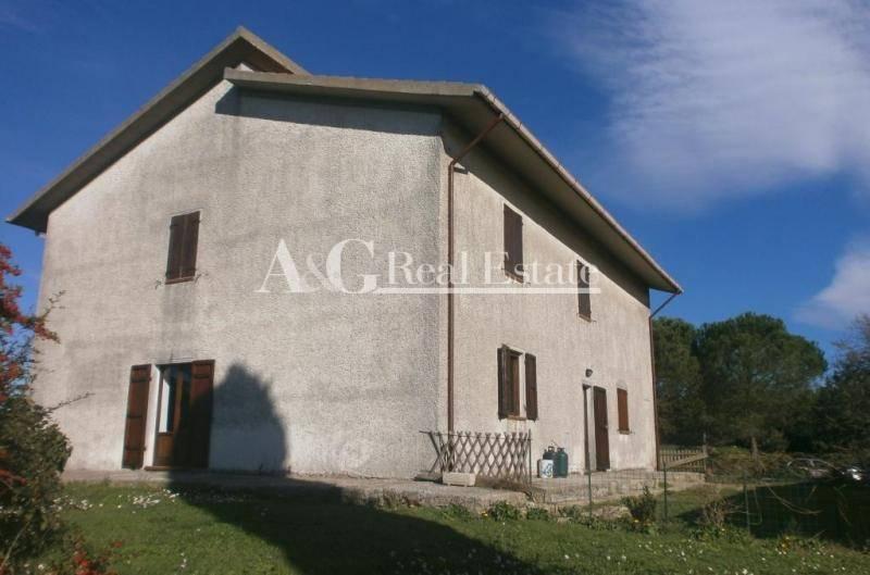Rustico / Casale in vendita a Scansano, 10 locali, zona Zona: Polveraia, prezzo € 830.000   Cambio Casa.it