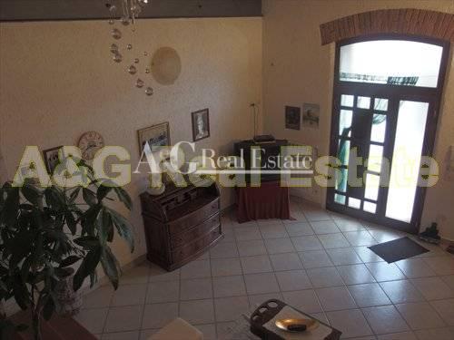 Rustico / Casale in vendita a Manciano, 4 locali, zona Zona: Marsiliana, Trattative riservate | Cambio Casa.it