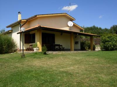 Villa in Vendita a Vinchiaturo