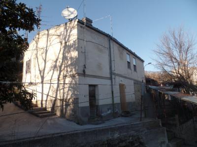 Casa singola in Vendita a Casalciprano