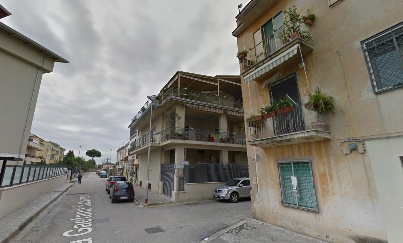 Appartamento in vendita a Casagiove, 5 locali, prezzo € 40.400 | Cambio Casa.it
