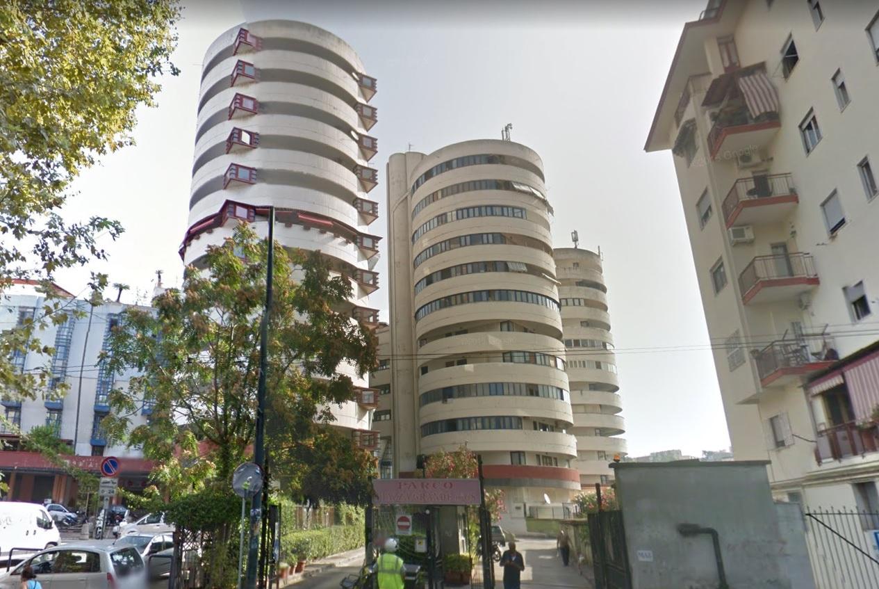 vendita appartamento napoli san carlo arena  108000 euro  4 locali  125 mq