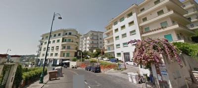 Vai alla scheda: Appartamento Vendita - Napoli (NA) | Vomero - Codice 320