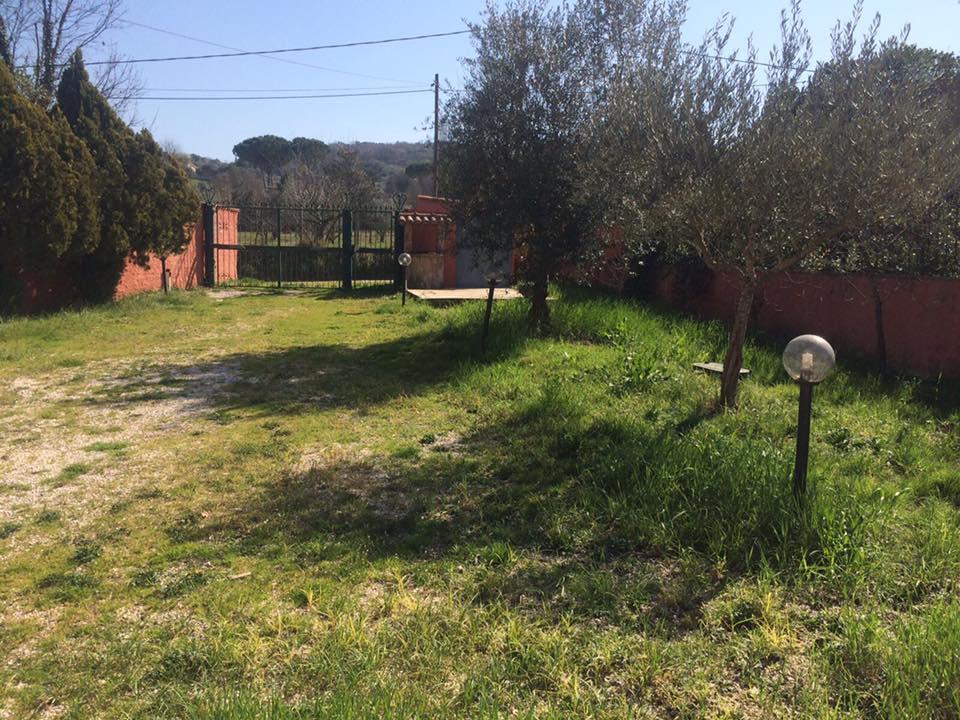 Villa in vendita a Palombara Sabina, 4 locali, zona Località: Palombarese, prezzo € 225.000 | CambioCasa.it