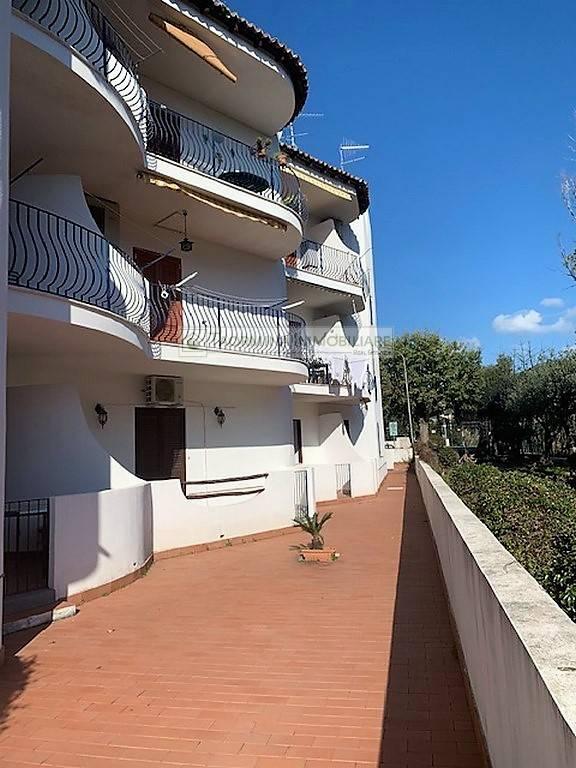 Appartamento in vendita a Giardini-Naxos, 3 locali, zona dini, prezzo € 100.000 | PortaleAgenzieImmobiliari.it