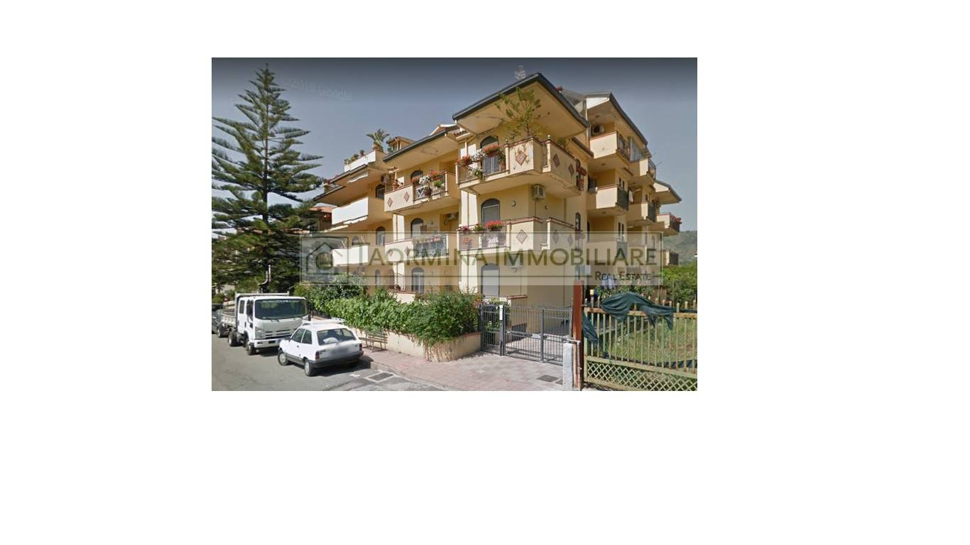 Appartamento in vendita a Gaggi, 4 locali, zona Località: Gaggi, prezzo € 75.000 | PortaleAgenzieImmobiliari.it