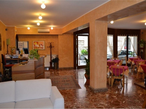 Hotel for Sale to Taormina