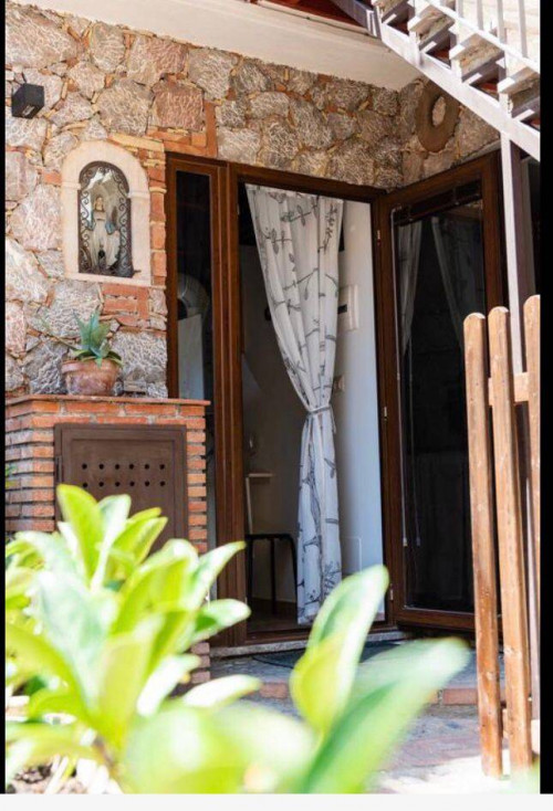 Appartamento in Affitto a Taormina