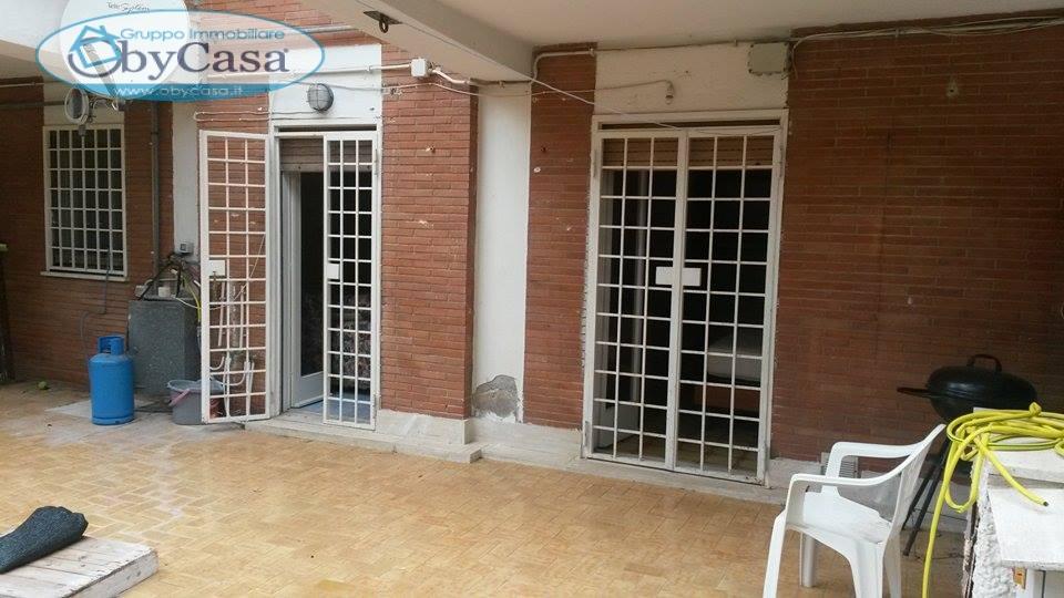 Bilocale Santa Marinella Via Lucrezio Caro 8
