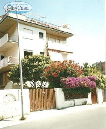 Bilocale Santa Marinella Via Iv Novembre 8