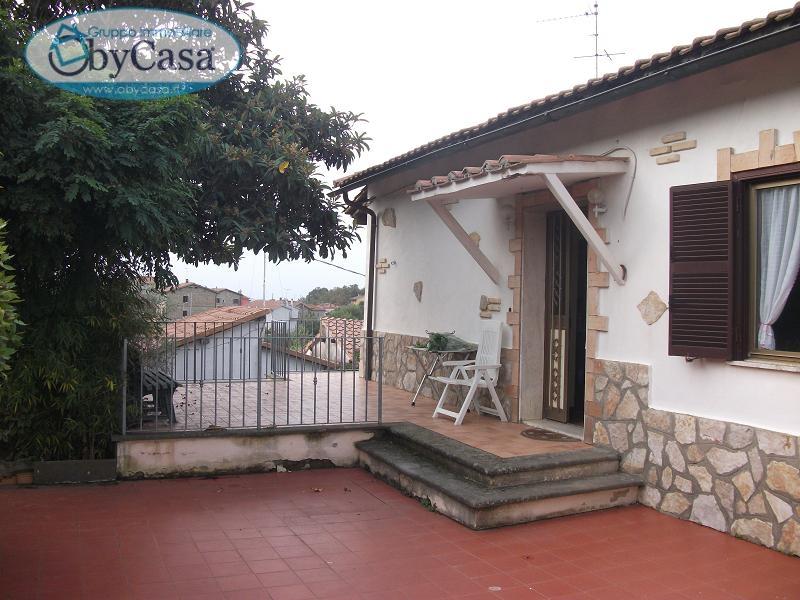 Villa in vendita a Canale Monterano, 6 locali, zona Località: canalemonterano, prezzo € 246.000 | Cambio Casa.it