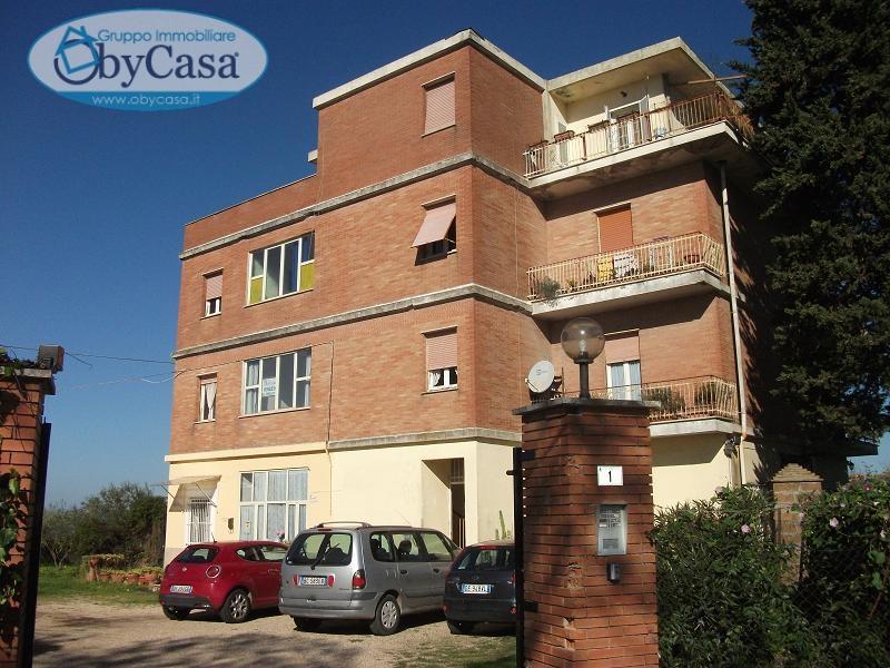 Appartamento in vendita a Canale Monterano, 5 locali, zona Località: canalemonterano, prezzo € 84.000 | Cambio Casa.it