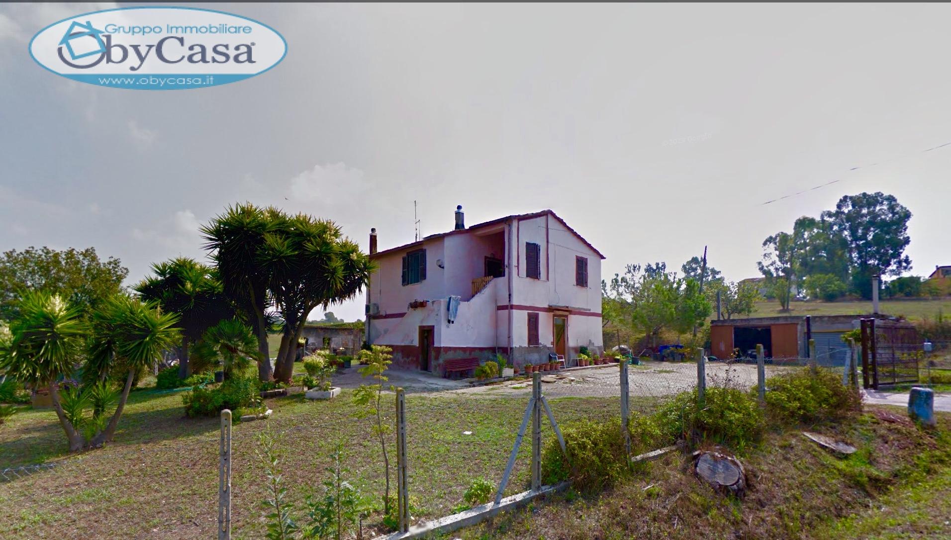 Soluzione Indipendente in vendita a Cerveteri, 9 locali, zona Località: valcanneto, prezzo € 159.000   Cambio Casa.it