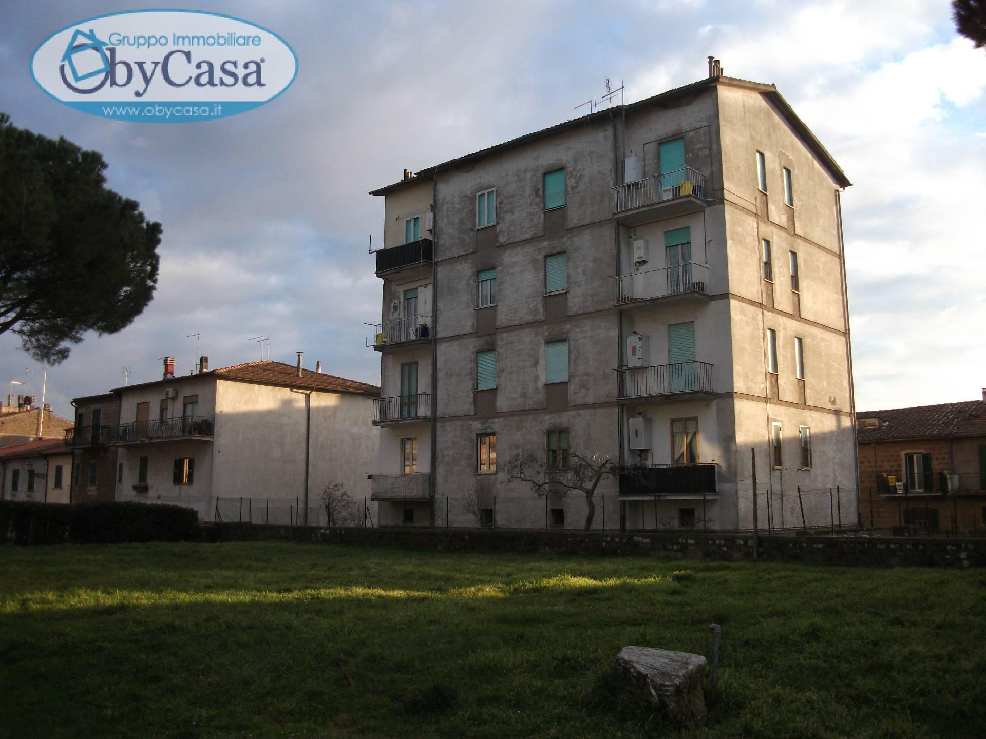 Appartamento in affitto a Vejano, 4 locali, zona Località: vejano, prezzo € 290 | Cambio Casa.it