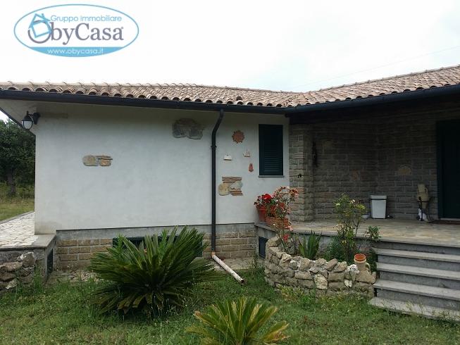 Villa in vendita a Canale Monterano, 8 locali, zona Zona: Stigliano, prezzo € 355.000 | Cambio Casa.it