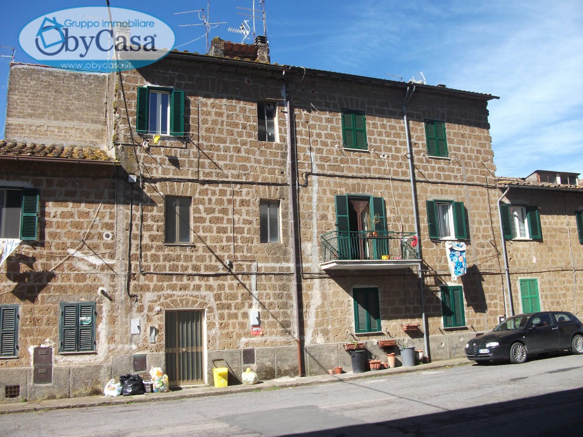 Appartamento in affitto a Vejano, 3 locali, zona Località: vejano, prezzo € 300 | Cambio Casa.it