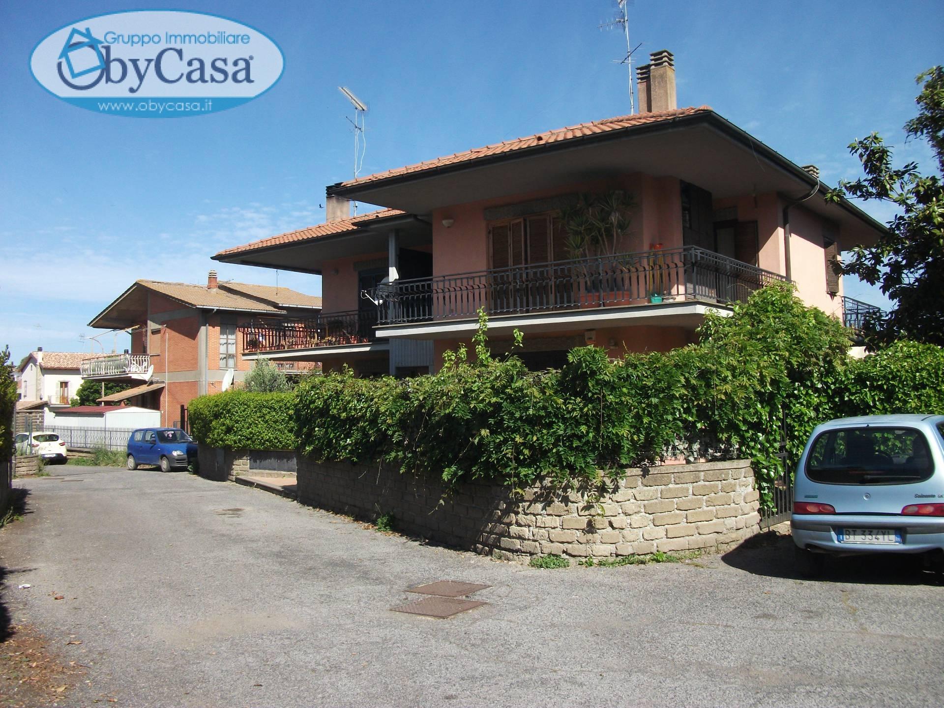 Appartamento in affitto a Oriolo Romano, 2 locali, prezzo € 375 | Cambio Casa.it