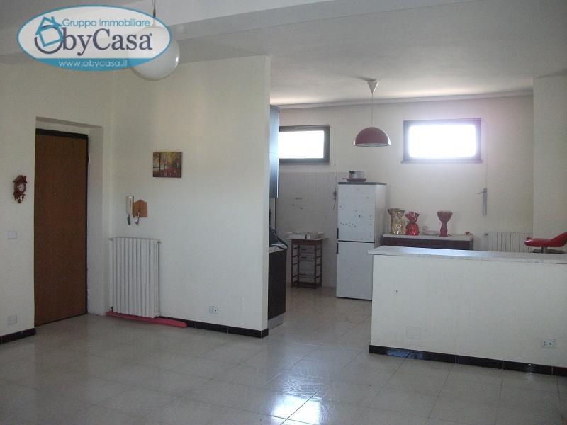 Appartamento in affitto a Canale Monterano, 3 locali, zona Zona: Centro, prezzo € 370 | CambioCasa.it