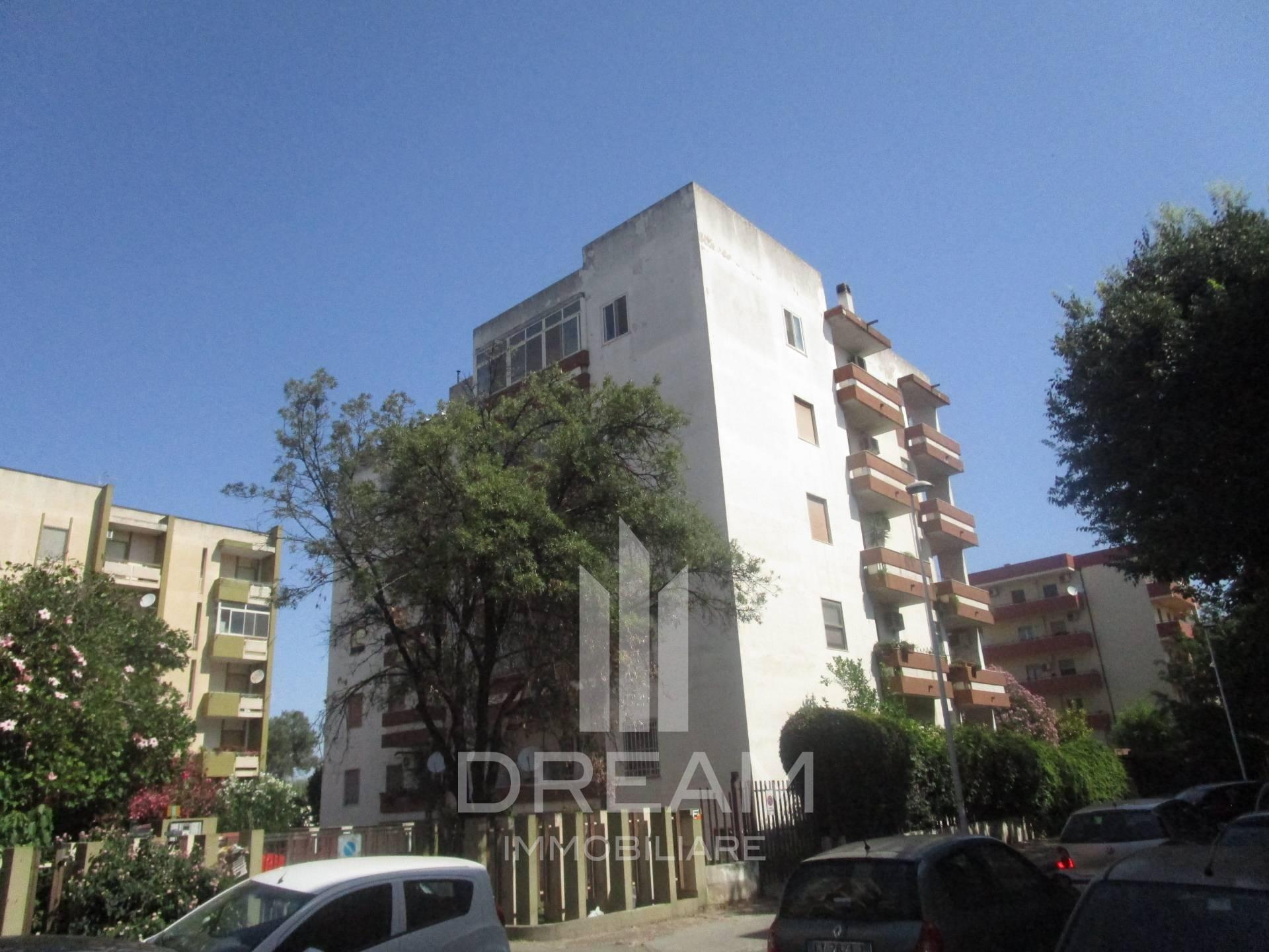 Ufficio Postale A Quartu Sant Elena : Appartamento in vendita a quartu santelena cod. a674