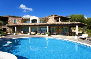 Detached Villa for Sale in Muravera