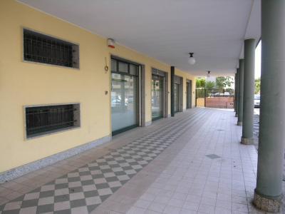 Locale commerciale in Vendita a Quartu Sant'Elena