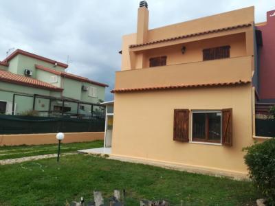 Villa in bifamiliare in Vendita a Capoterra