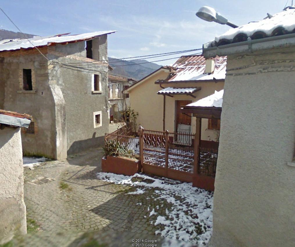 CAPITIGNANO (AQ) - Via S. Pietro