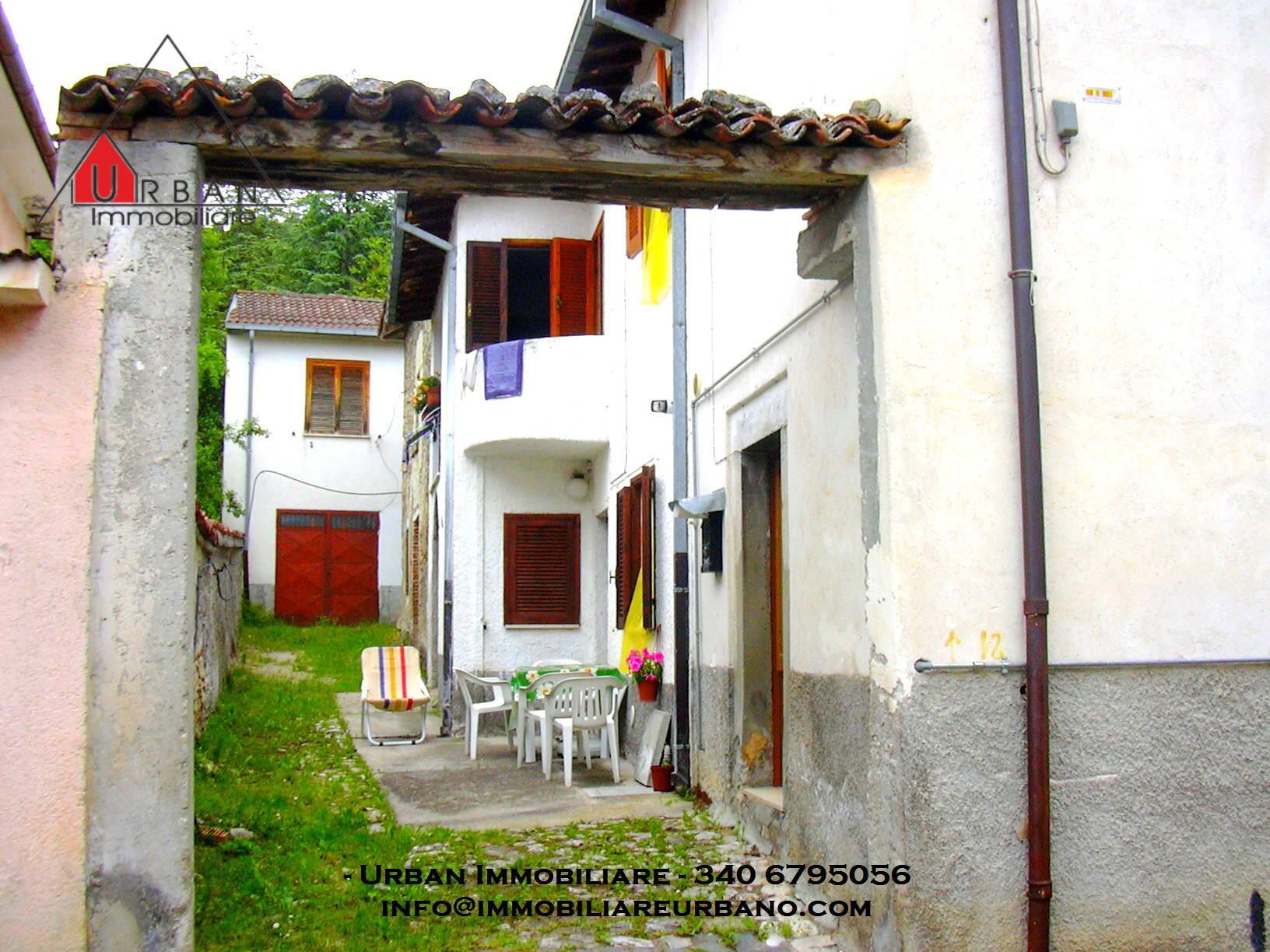 L'Aquila (AQ) - Montereale/ Via S. Giovanni Paganica