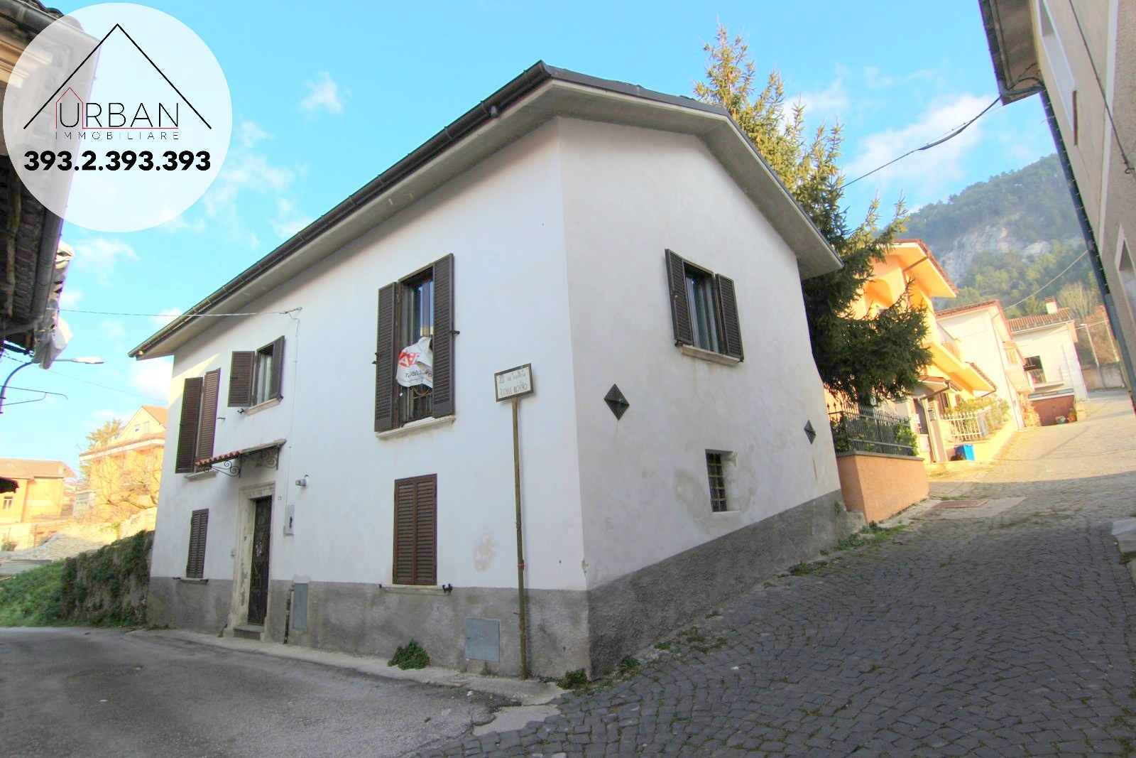 PIZZOLI (AQ) - Via Traversa Colle Rosso