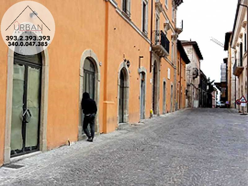 L'Aquila (AQ) - Via Garibaldi