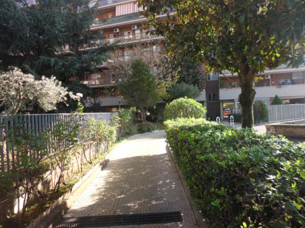 16756 Appartamento in vendita Roma Tor Tre Teste