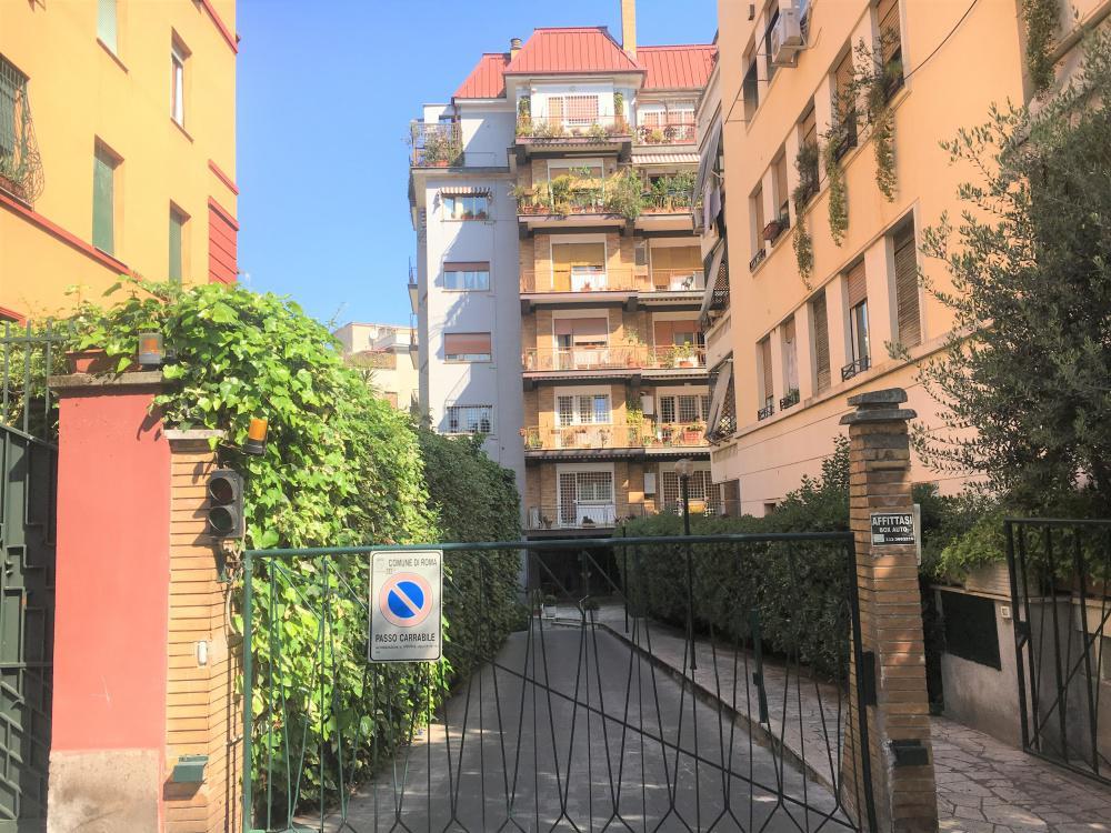 17143 Appartamento in vendita Roma Bologna