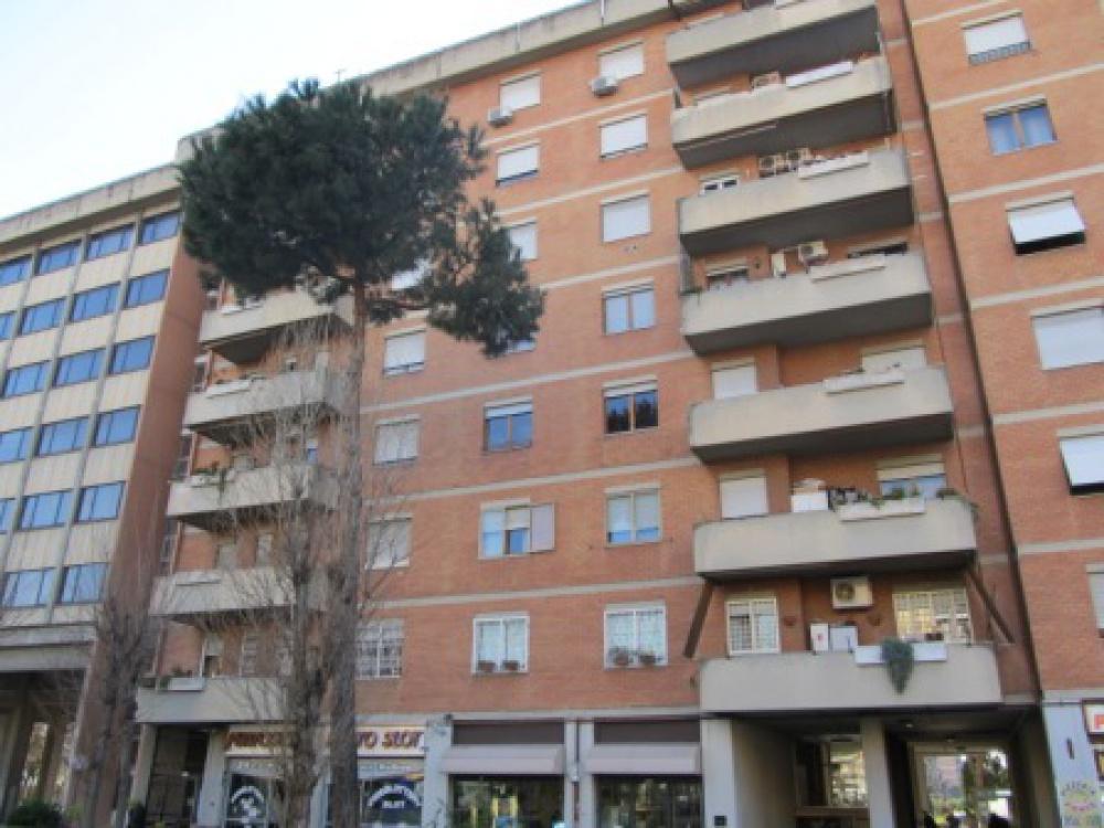 17498 Appartamento in vendita Roma
