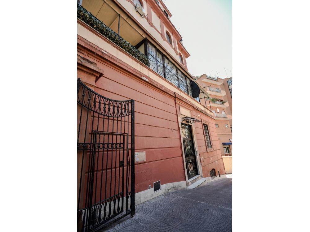 17674 Appartamento in vendita Roma S.Giovanni