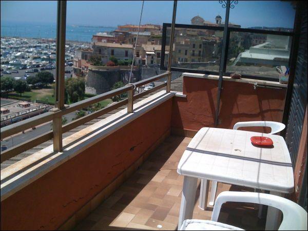 Appartamento in affitto a Nettuno, 4 locali, zona Località: porto, prezzo € 750 | Cambio Casa.it