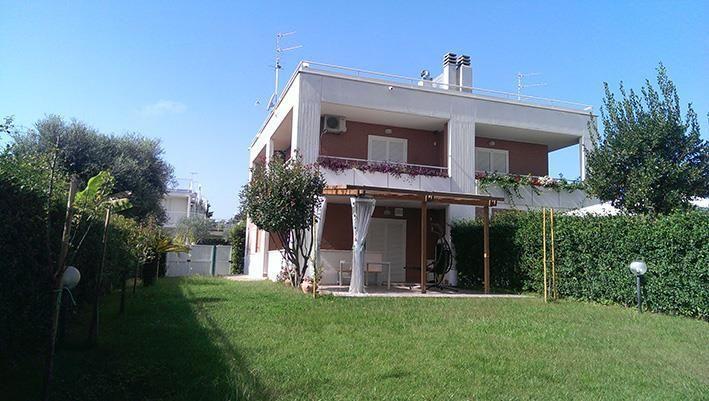 Villa in vendita a Nettuno, 5 locali, zona Località: colleparadiso, prezzo € 300.000 | Cambio Casa.it
