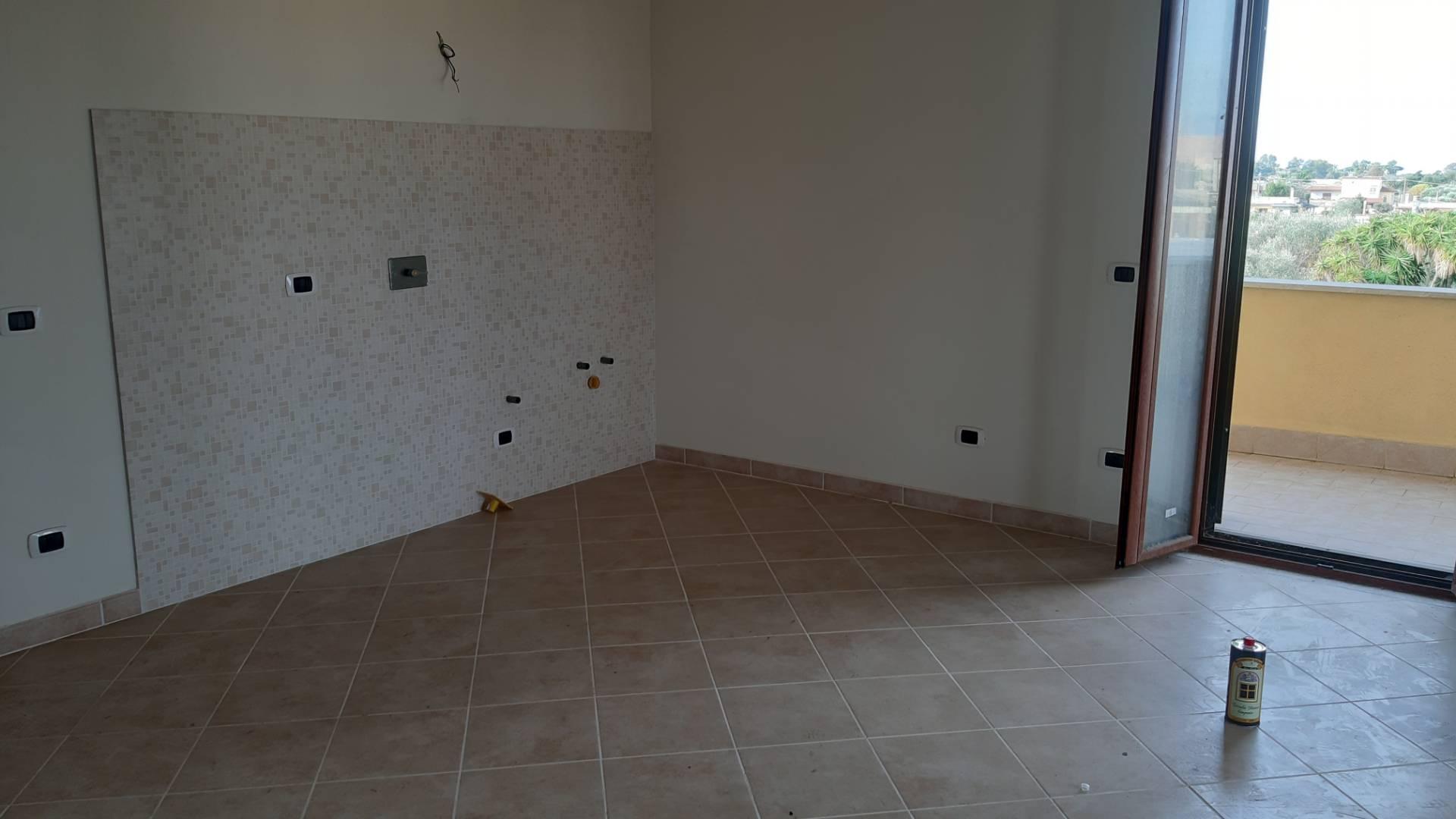 Appartamento in vendita a Anzio, 2 locali, zona Località: padiglione, prezzo € 90.000 | PortaleAgenzieImmobiliari.it