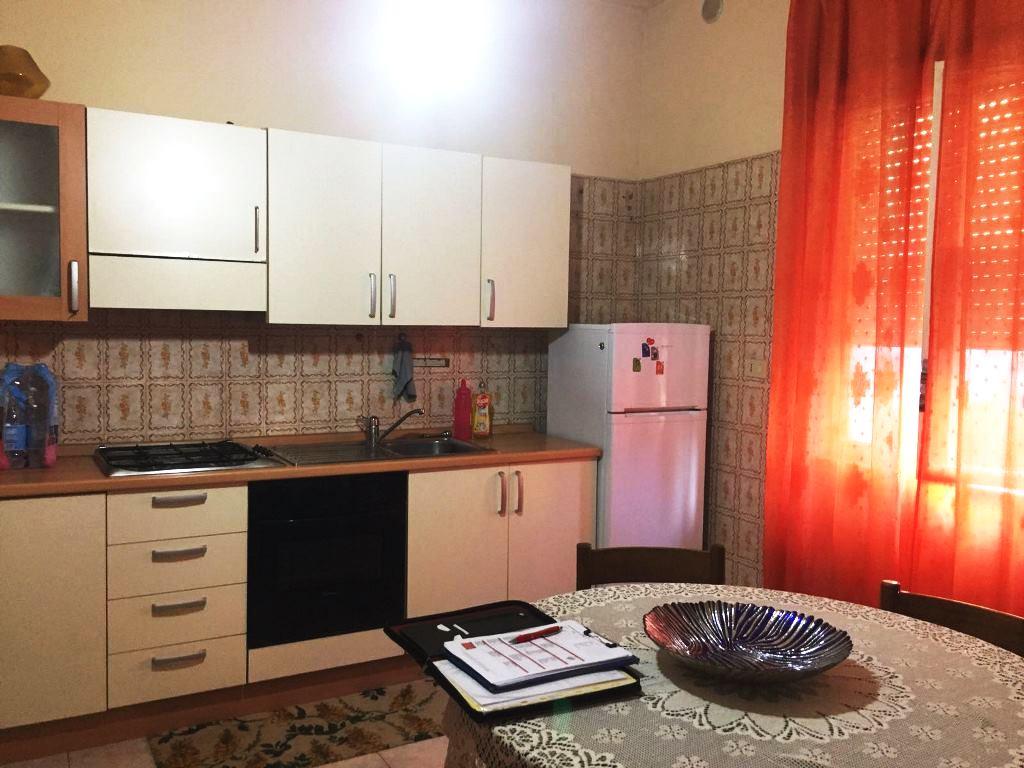 Appartamento in affitto a Rende, 2 locali, zona Località: ContradaS.Agostino, prezzo € 300 | CambioCasa.it