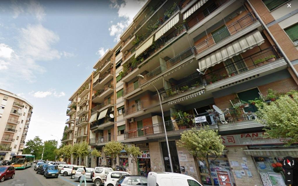 vendita appartamento cosenza via delle medaglie d'oro  155000 euro  4 locali  125 mq
