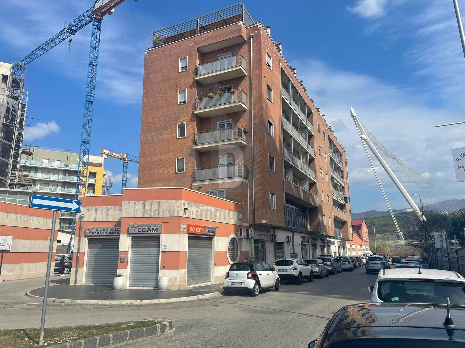 Appartamento in vendita a Cosenza (CS)