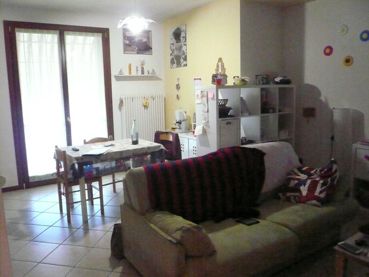 Appartamento in vendita a Breda di Piave, 4 locali, zona Zona: Pero, prezzo € 100.000 | Cambio Casa.it