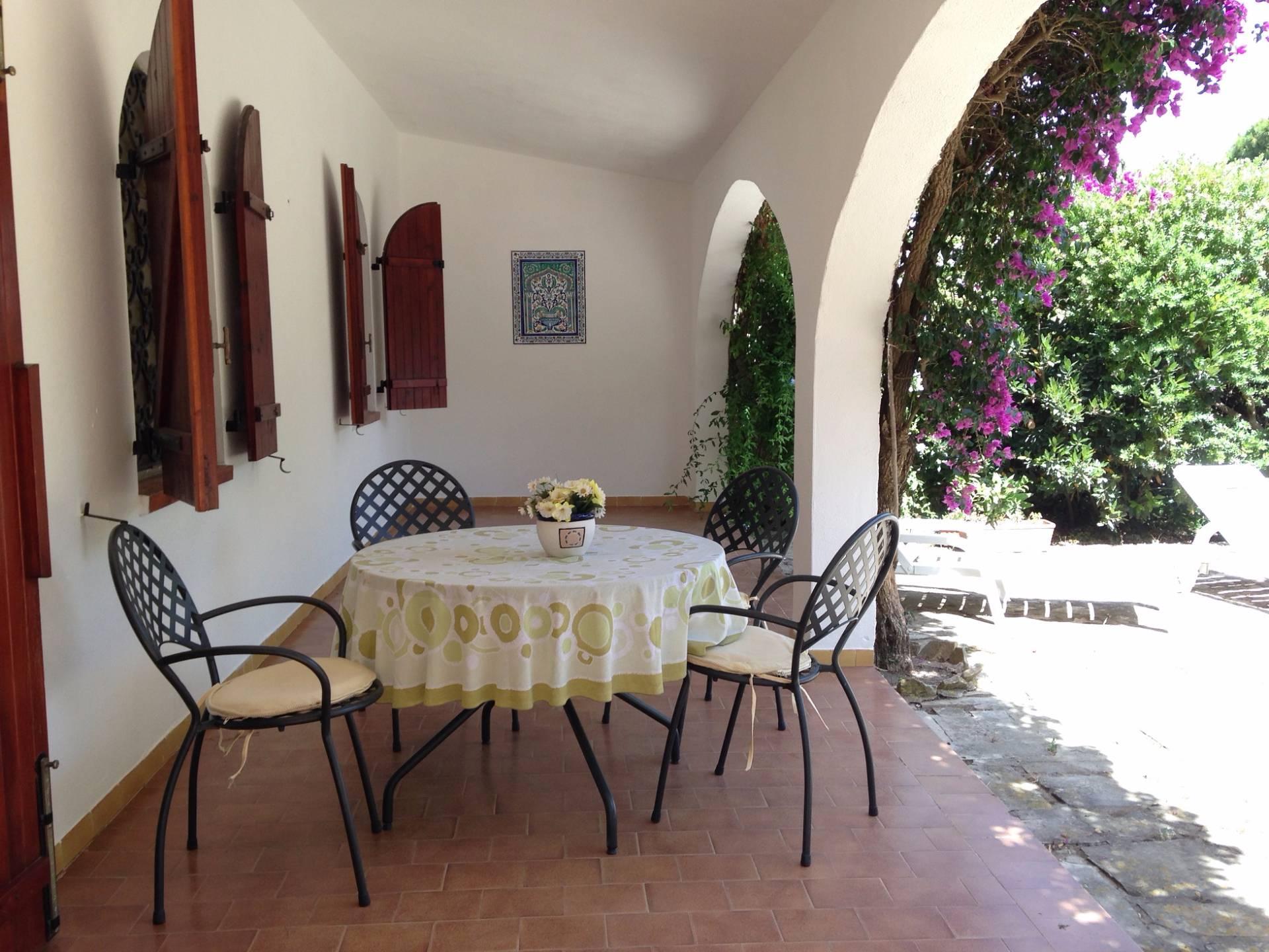 Villa in vendita a Maracalagonis, 5 locali, zona Località: TorredelleStelle, prezzo € 295.000 | Cambio Casa.it