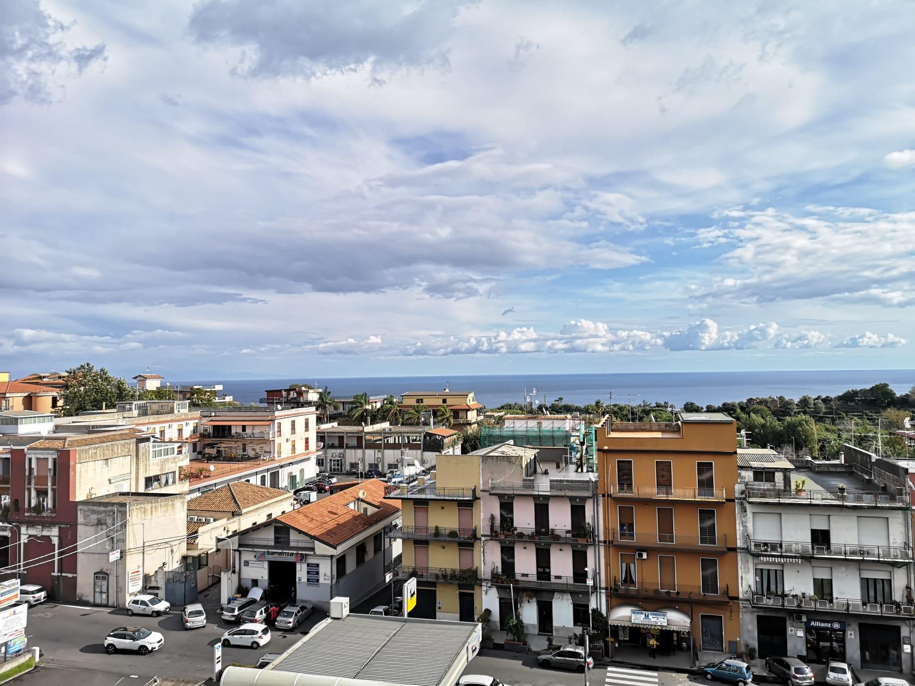 Appartamento in vendita a Acireale, 3 locali, prezzo € 99.000 | CambioCasa.it