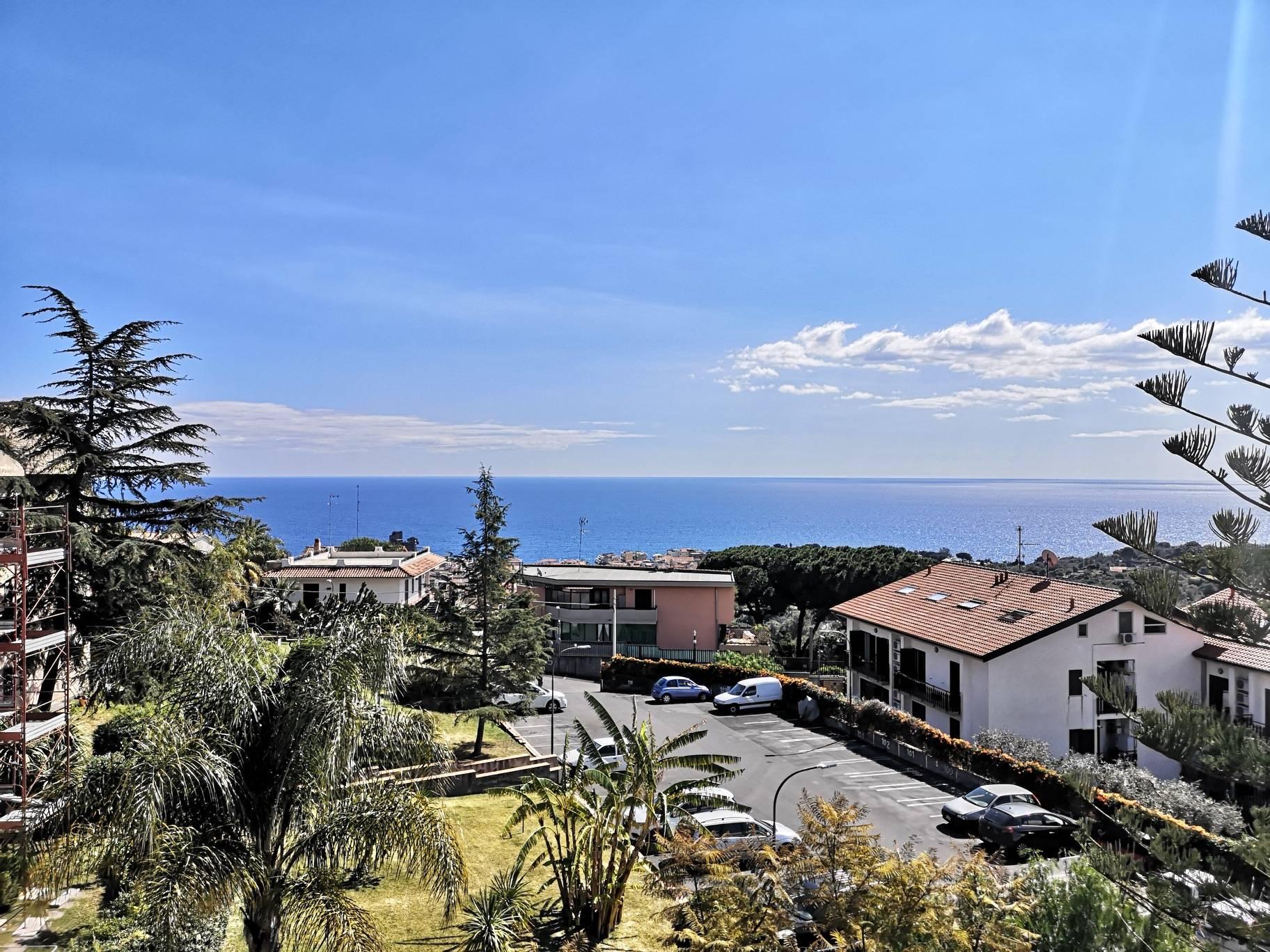 Appartamento in vendita a Aci Castello, 3 locali, zona razzi, prezzo € 149.000 | PortaleAgenzieImmobiliari.it