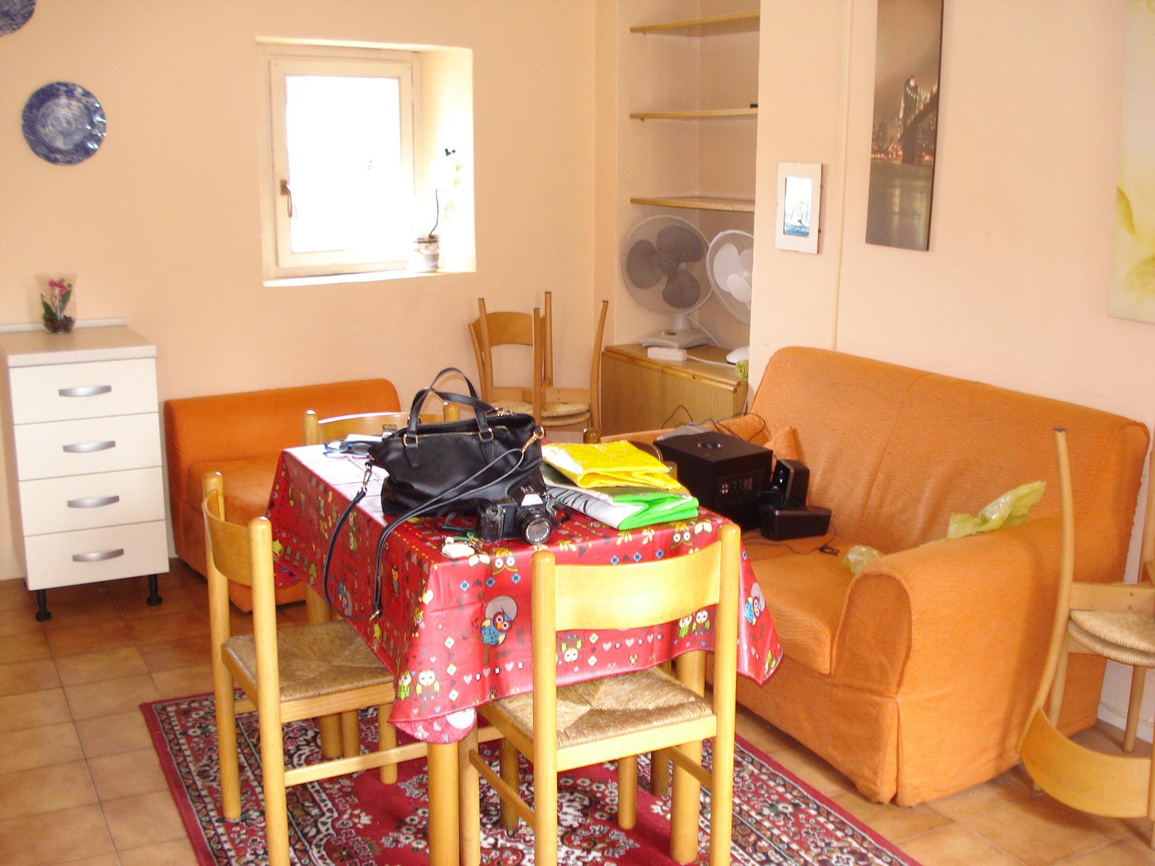 Appartamento in affitto a Biella, 2 locali, zona Zona: Centro, prezzo € 330   Cambio Casa.it