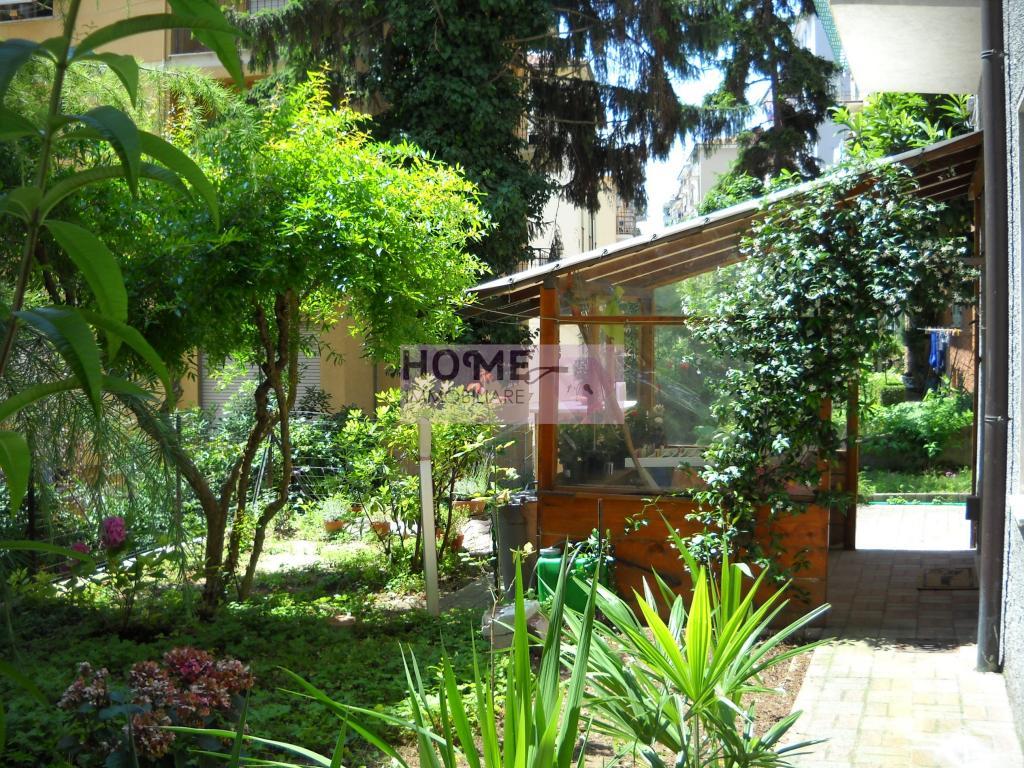Appartamento in vendita a Macerata, 4 locali, zona Località: Centrostorico, prezzo € 130.000 | Cambio Casa.it