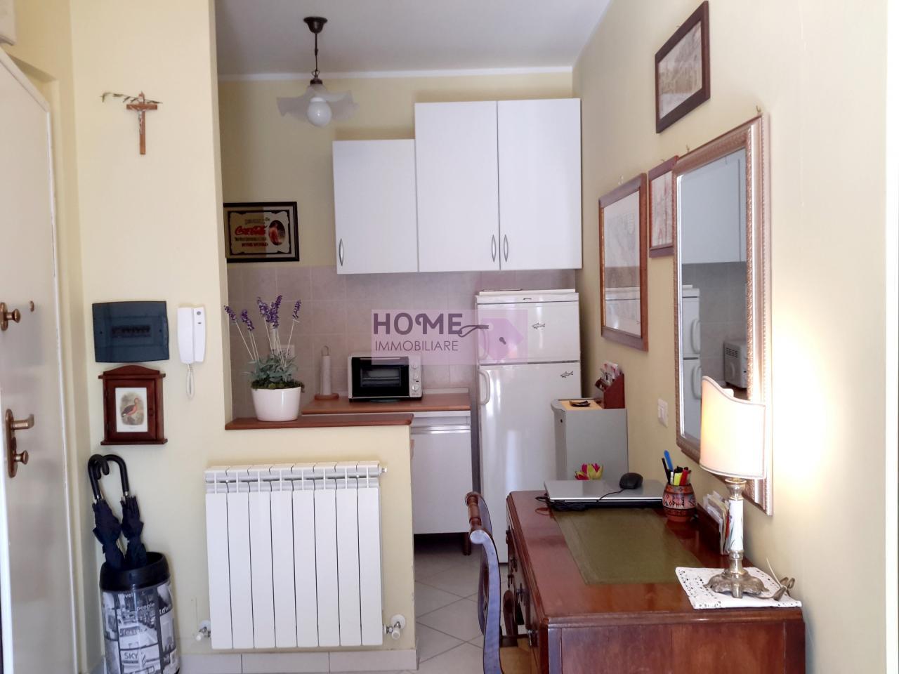 Appartamento in vendita a Montelupone, 4 locali, prezzo € 88.000   CambioCasa.it