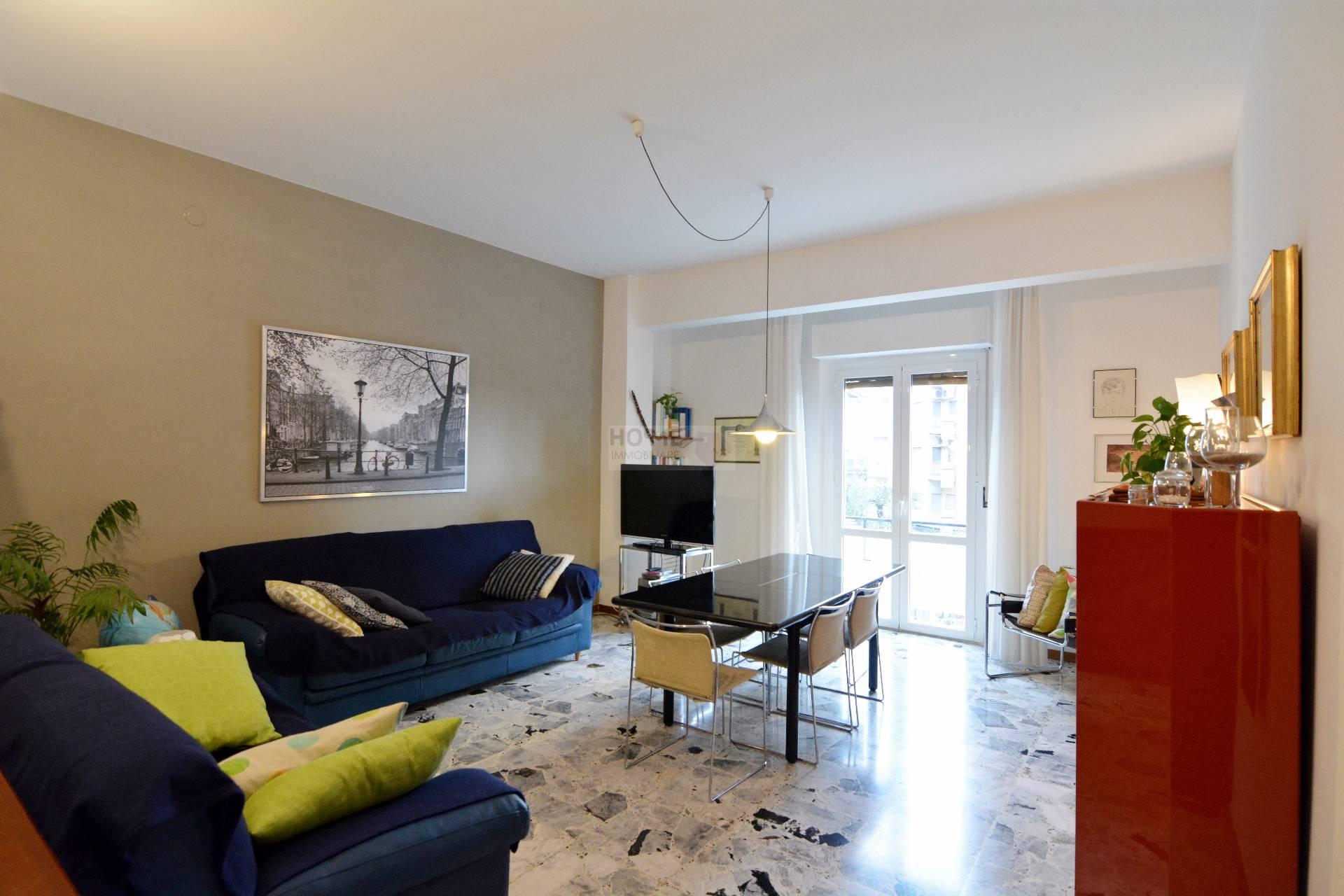 Appartamento in vendita a Macerata, 7 locali, zona Località: zonaviaSpalato, prezzo € 159.000 | Cambio Casa.it
